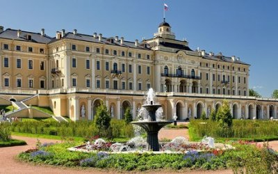 Автобусная экскурсия с посещением резиденции Президента РФ - Константиновского дворца