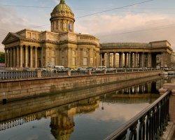Пешеходные экскурсии по центру Петербурга