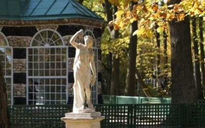 Экскурсия-квест по Нижнему парку Петергофа