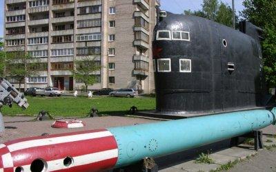 Герой ВОв А.И. Маринеско с посещением музея подводных сил России