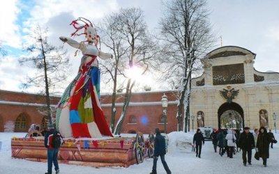 Масленица в центре Петербурга