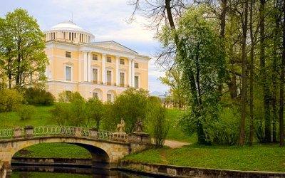Ночь в Павловском дворце