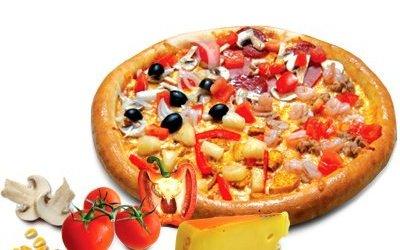 «Приключения итальянцев в России» (с мастер-классом по приготовлению пиццы)